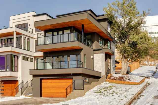 Parkdale real estate 1005 36 Street NW in Parkdale Calgary
