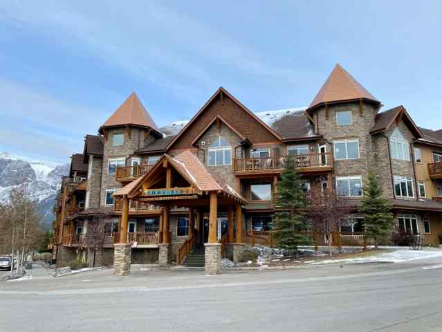 Bow Valley Trail real estate 421, 30 Lincoln Park in Bow Valley Trail Canmore
