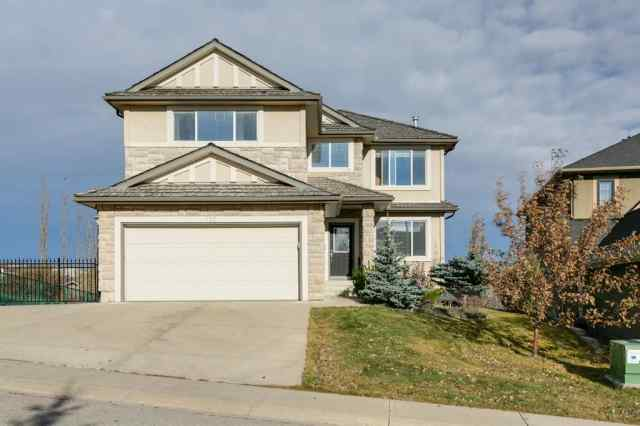 110 Royal Ridge Mount NW in  Calgary MLS® #A1045873