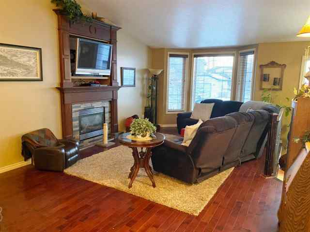 MLS® #A1046401 235 ACKERMAN Crescent T4R 3E6 Red Deer