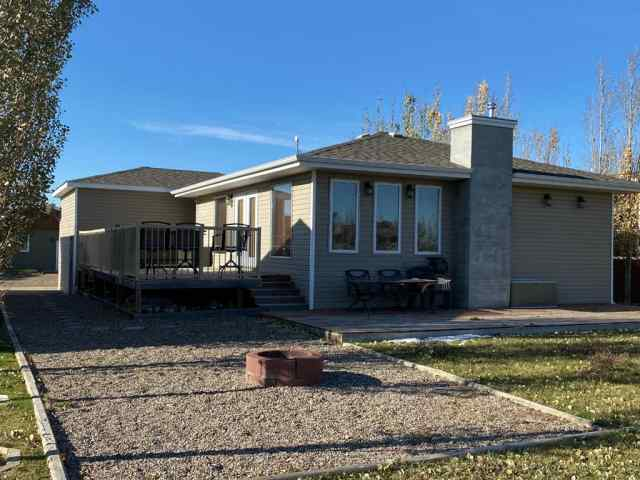 Little Bow real estate 703 Lakeside  Drive in Little Bow Rural Vulcan County