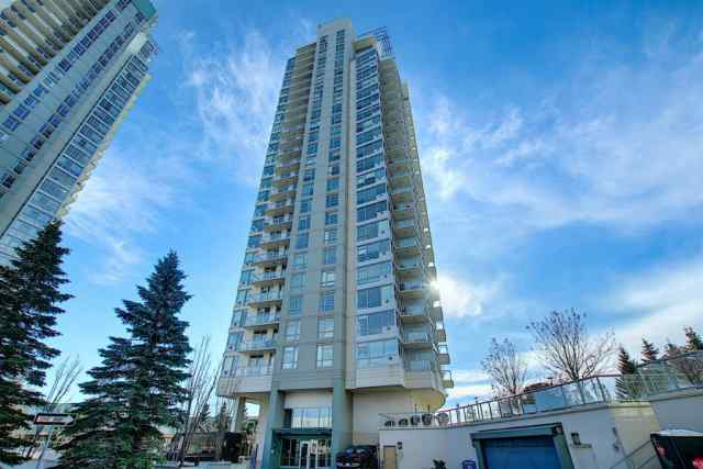 Spruce Cliff real estate 402, 77 Spruce Place SW in Spruce Cliff Calgary