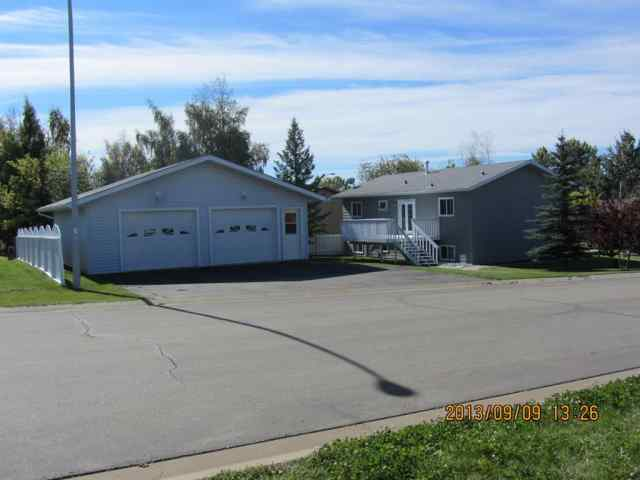 820 Almond Avenue in N/A Beaverlodge MLS® #A1046896