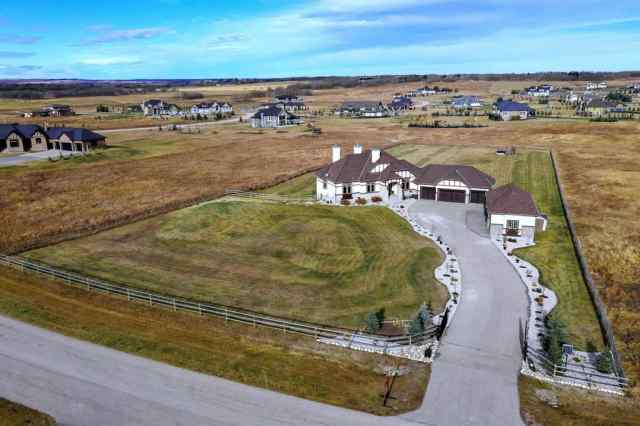 MLS® #A1047323 132 Grizzly Rise T4C 0B5 Rural Rocky View County