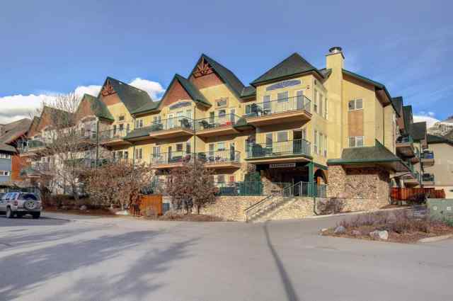 Bow Valley Trail real estate 117, 176 Kananaskis Way in Bow Valley Trail Canmore