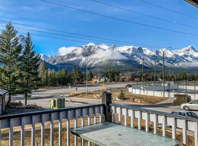 MLS® #A1048065 3 Ridge Road T1W 1G3 Canmore