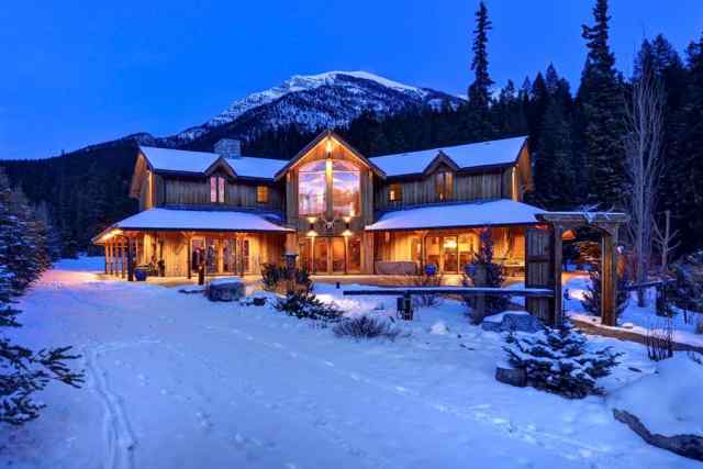 17 Canyon Road  in Canyon Ridge Canmore MLS® #A1048587