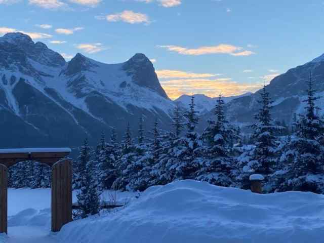 MLS® #A1048587 17 Canyon Road T1W 1G3 Canmore