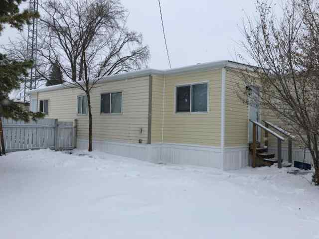 Rosedale real estate 31, 4822 58  Street in Rosedale Stettler
