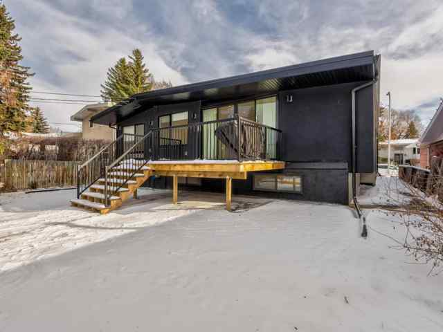 MLS® #A1049468 5327 Carney Road NW T2L 1G4 Calgary