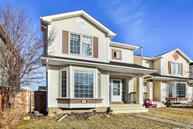 McKenzie Lake real estate 351 Mt Lorette Place SE in McKenzie Lake Calgary