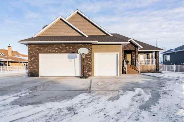 Carriage Lane Estates real estate 7718 Lexington Street in Carriage Lane Estates Rural Grande Prairie No. 1, County of