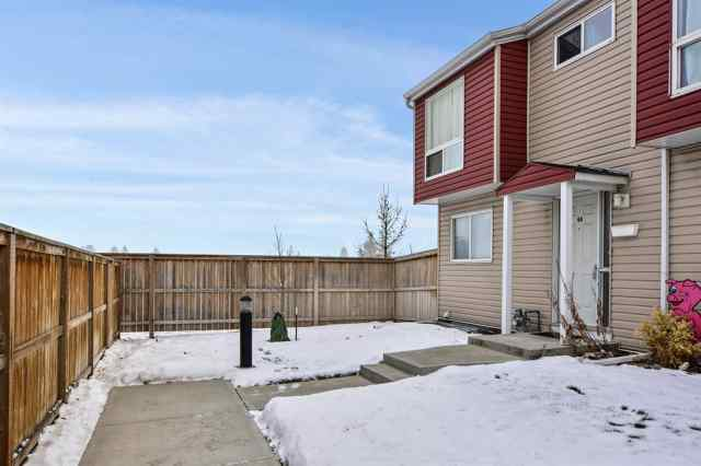 44, 5425 Pensacola Crescent SE in Penbrooke Meadows Calgary MLS® #A1050183