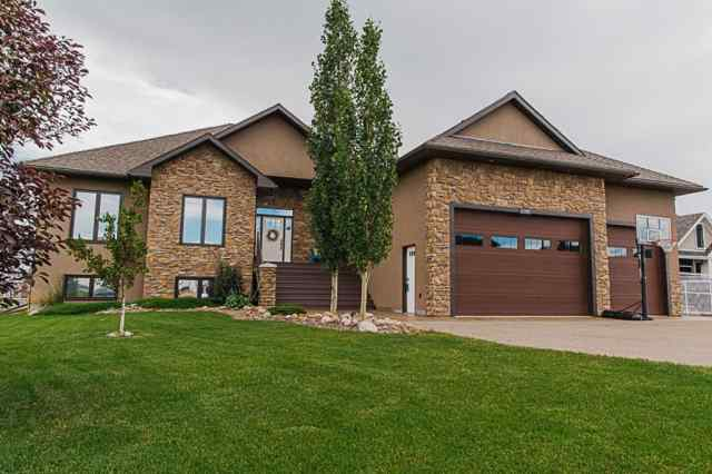 Carriage Lane Estates real estate 11209 Oxford Road in Carriage Lane Estates Rural Grande Prairie No. 1, County of