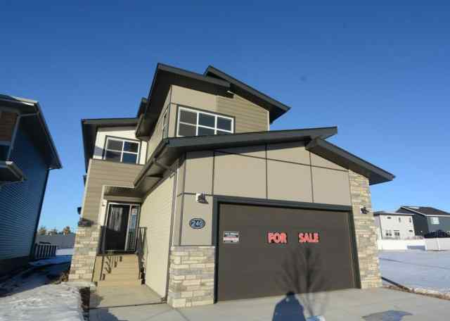 240 Emerald Drive in Evergreen Red Deer MLS® #A1050604