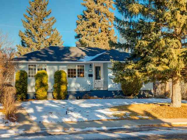 3716 3 Avenue SW in Spruce Cliff Calgary MLS® #A1051246