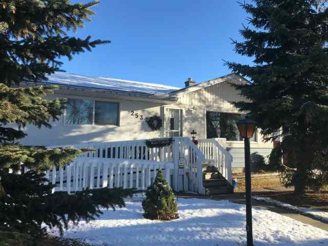 South Foothills real estate 2532 Sable Drive SE in South Foothills Calgary