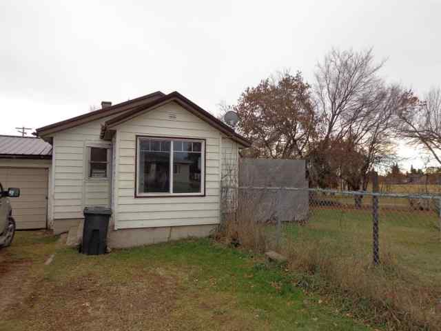 4911 47 Street in NONE Alix MLS® #A1051577