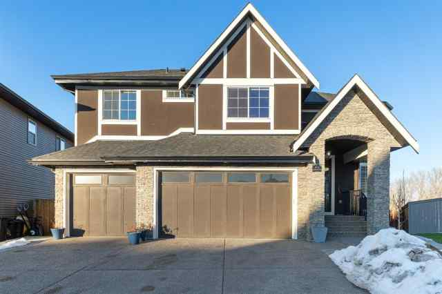 Kinniburgh real estate 413 Kinniburgh Cove in Kinniburgh Chestermere
