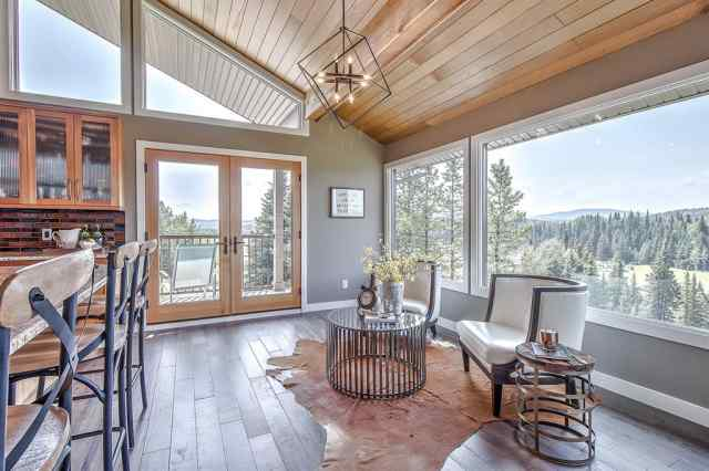 204 Saddle Road in Saddle & Sirloin Bragg Creek MLS® #A1052024