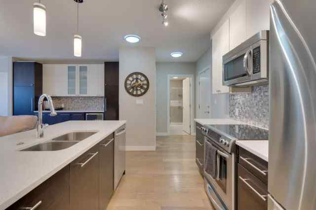 312, 836 Royal Avenue SW in Lower Mount Royal Calgary
