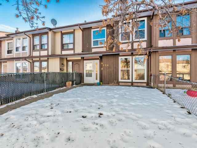 MLS® #A1052242 124 Berkley Way NW T3K 1B6 Calgary
