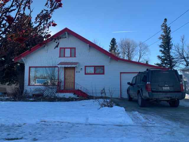 434  4 Ave   in NONE Cardston MLS® #A1052526