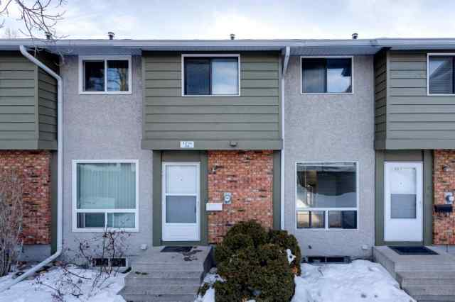 15, 6915 Ranchview Drive NW in Ranchlands Calgary