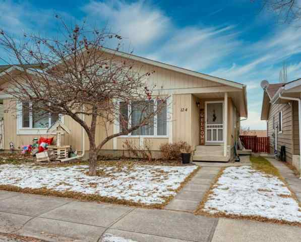 124 Macewan Park Way NW in  Calgary MLS® #A1052590