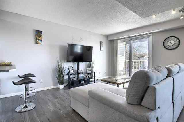 Forest Heights real estate 62, 3705 Fonda Way SE in Forest Heights Calgary
