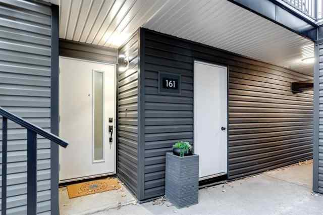 161, 76 Glamis Green SW in  Calgary