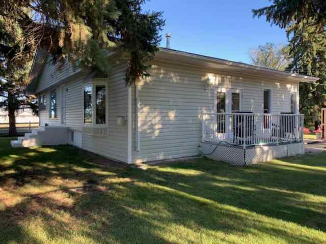 1111 Frazer Avenue W in West End Brooks MLS® #A1054584