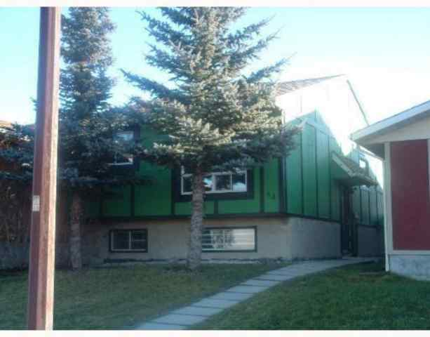 64 Falwood Crescent  in Falconridge Calgary MLS® #A1054856