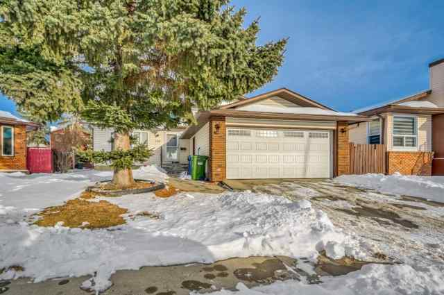 124 Whiteram Close NE in  Calgary