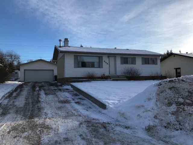 808 7 Avenue  in NONE Beaverlodge MLS® #A1057168