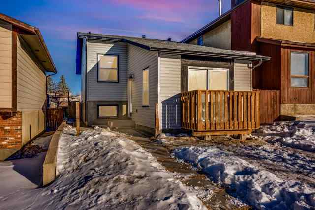 4352 Whitehorn Drive NE in Whitehorn Calgary MLS® #A1057419