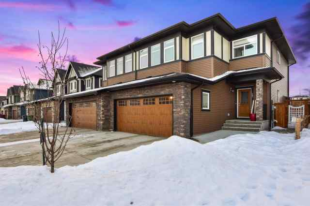 Kinniburgh real estate 207 Kinniburgh Road in Kinniburgh Chestermere