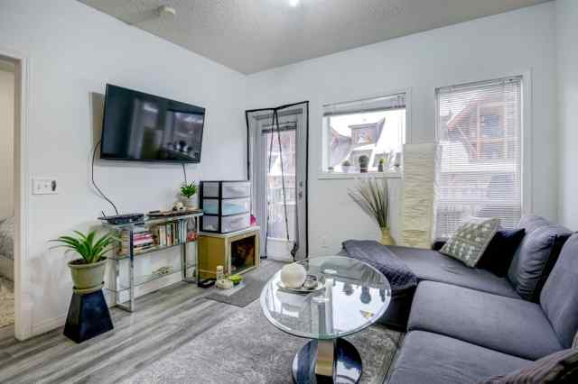 MLS® #A1058148 206, 176 Kananaskis Way T1W 3E4 Canmore