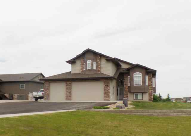 Carriage Lane Estates real estate 7618 Abbey LANE in Carriage Lane Estates Rural Grande Prairie No. 1, County of
