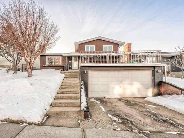 6319 Thornaby Way NW T2K 5K8 Calgary