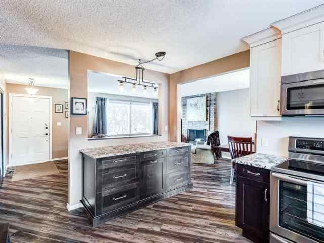 MLS® #A1058595 6319 Thornaby Way NW T2K 5K8 Calgary