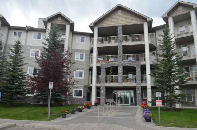 Somerset real estate 441, 5000 Somervale Court SW in Somerset Calgary