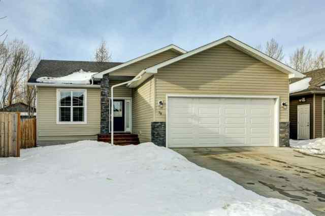NONE real estate 29 Mackenzie Way in NONE Carstairs
