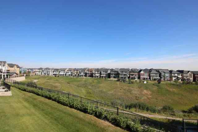 65 SHERWOOD LANE NW in  Calgary MLS® #A1058892