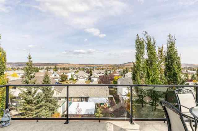 48 Bow Ridge Drive  in Bow Ridge Cochrane MLS® #A1058941