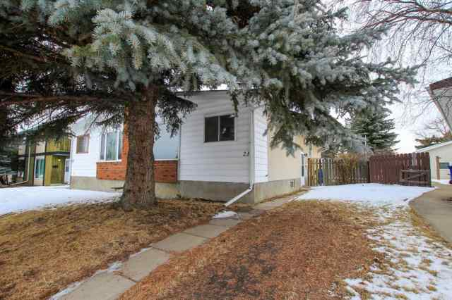 MLS® #A1059211 23 Abbott Close T4R 1B4 Red Deer