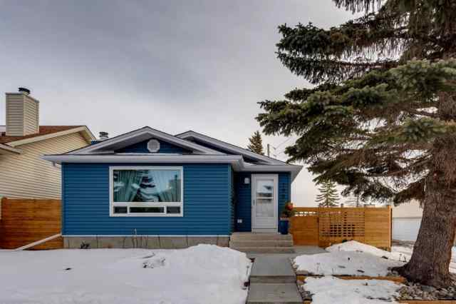 195 Ranchridge Drive NW in Ranchlands Calgary MLS® #A1059846