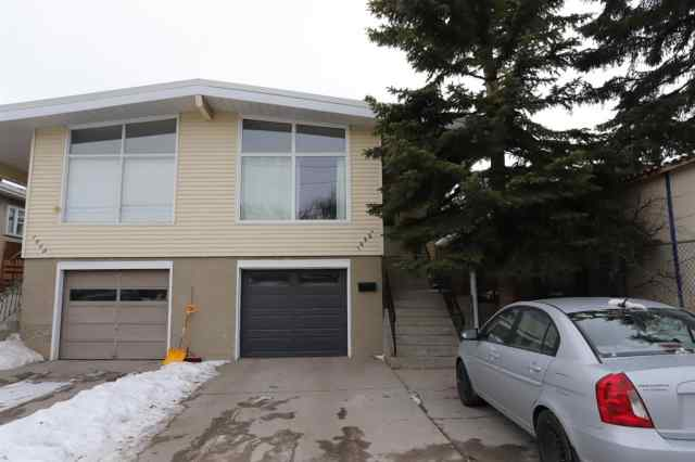 Capitol Hill real estate 1635A 24 Avenue NW in Capitol Hill Calgary