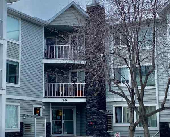 1111 Valleyview Park SE in  Calgary MLS® #A1060200