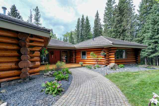 3 Forest Park Place  in West Bragg Creek Bragg Creek MLS® #A1060229